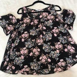 Floral peek a boo shoulder floral blouse